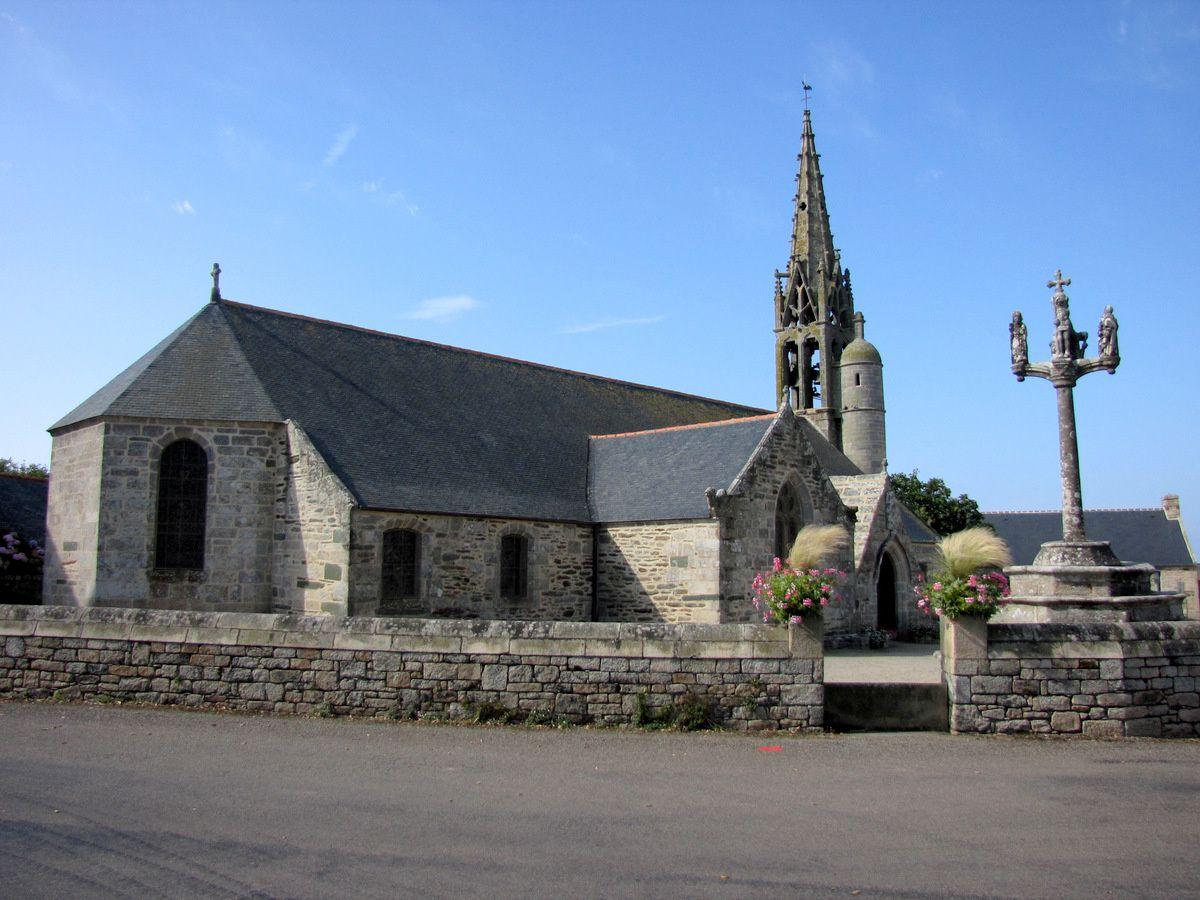 Le calvaire de l'église Saint Gorgon de Plovan