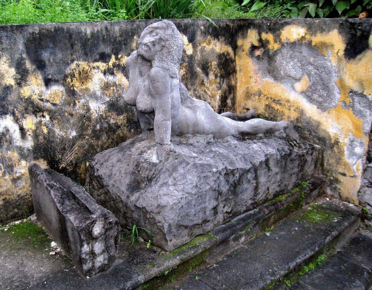 Saint-Pierre renaissant de ses cendres, Martinique