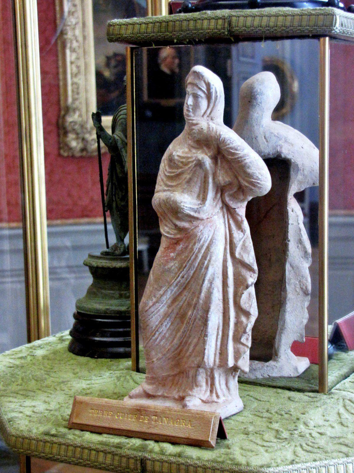 Tanagra (1/2), musée Condé (château de Chantilly)