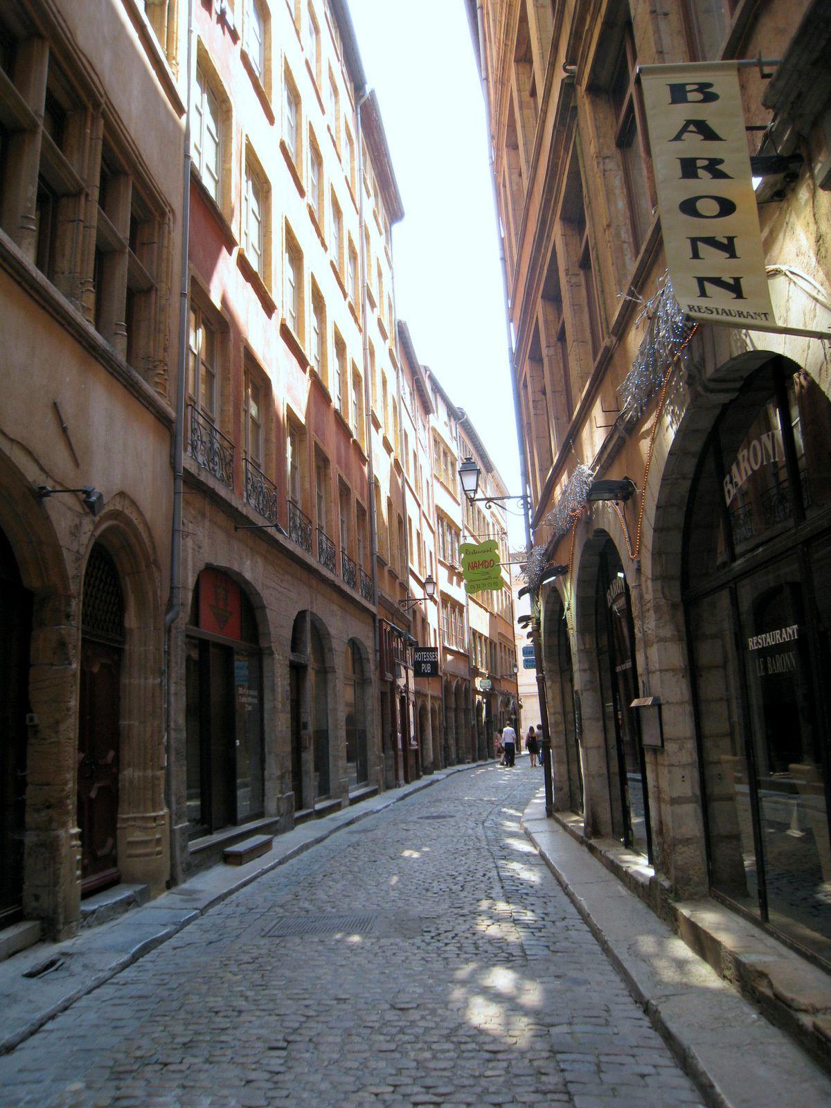 Traboule du 27 de la rue St Jean, Lyon