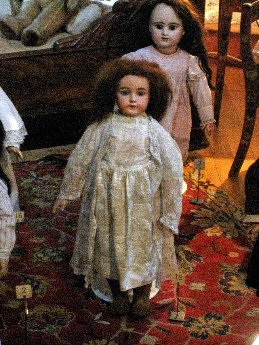 Poupée &quot&#x3B;Kuhnlenz&quot&#x3B;, Allemagne 1890 et bébé &quot&#x3B;Denamur&quot&#x3B;, France 1895