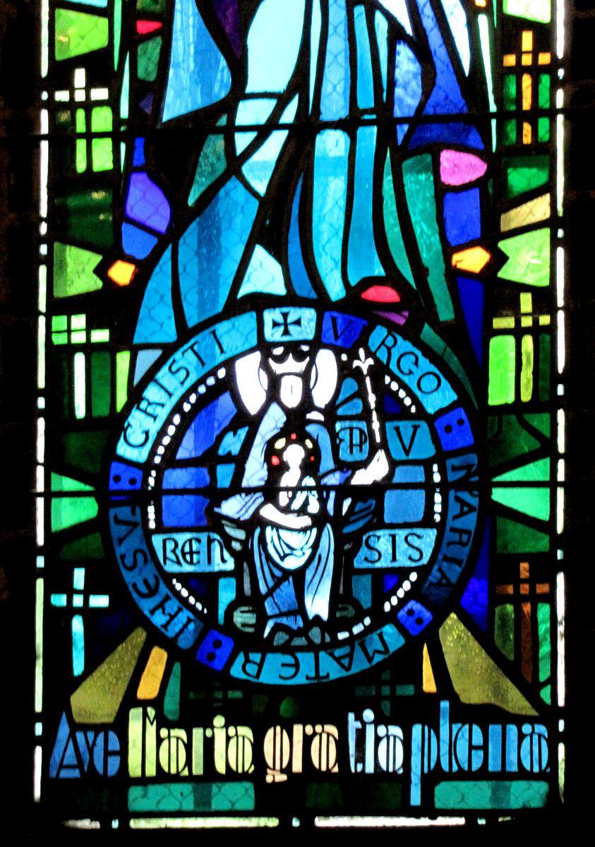 Vitraux de la crypte de la cathédrale de Verdun (2/3)
