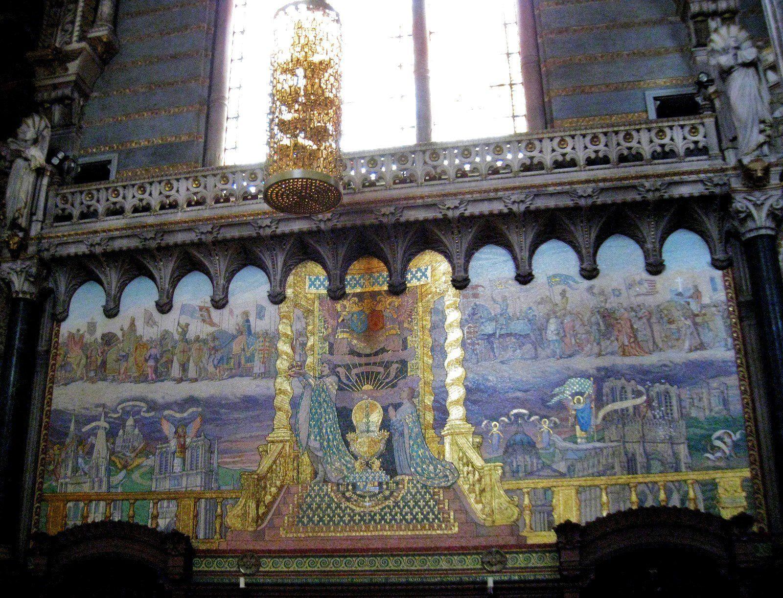 Vitrail &quot&#x3B;Marie Reine des Apôtres&quot&#x3B;, basilique de Fourvière