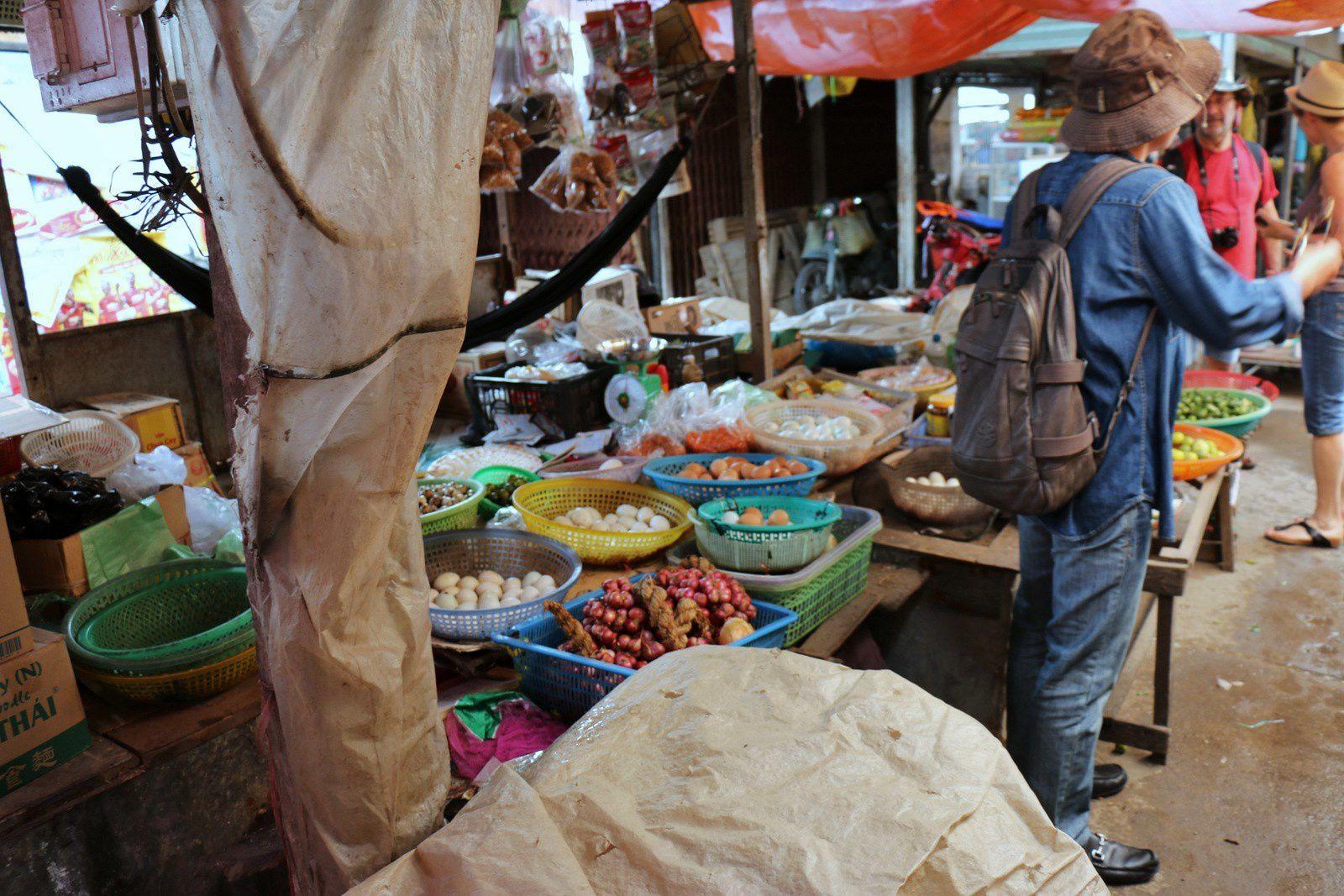 Le marché de Tan Thach, Vietnam