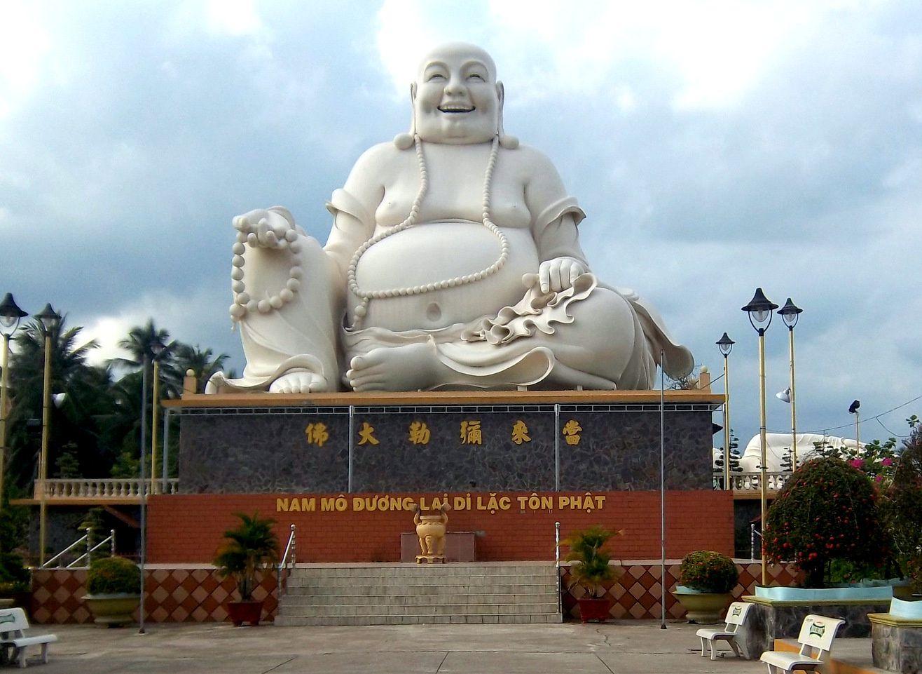 Les Bouddhas géants de la pagode de Vinh Trang (1/3), Vietnam