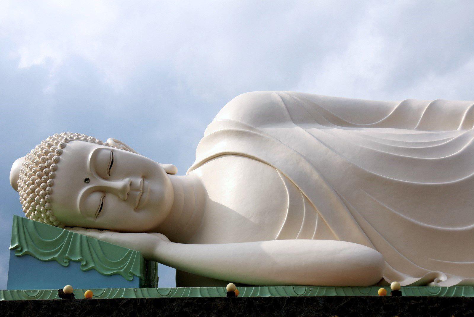 Les Bouddhas géants de la pagode de Vinh Trang (2/3), Vietnam