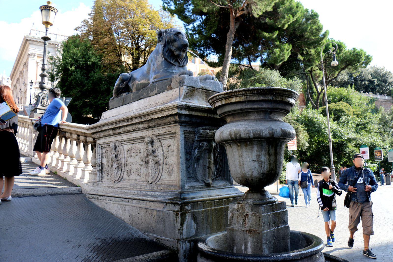 Statues de Castor et Pollux, place du Capitole (Rome)
