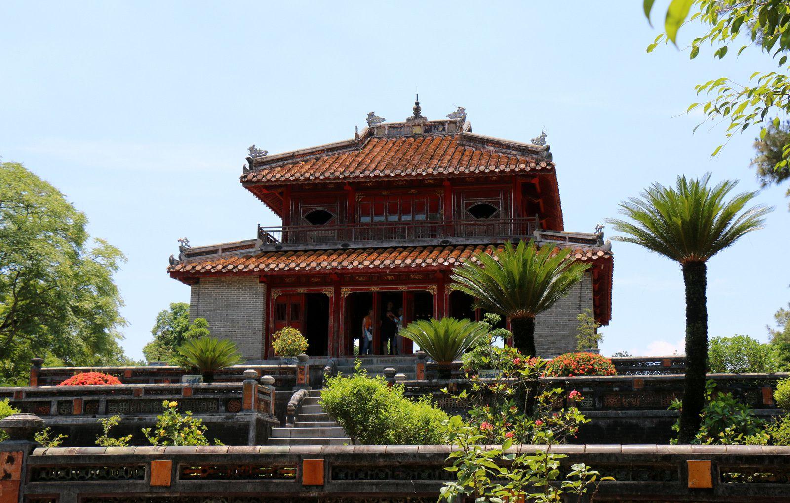 Le pavillon Minh Lau, tombeau de l'empereur Minh Mang