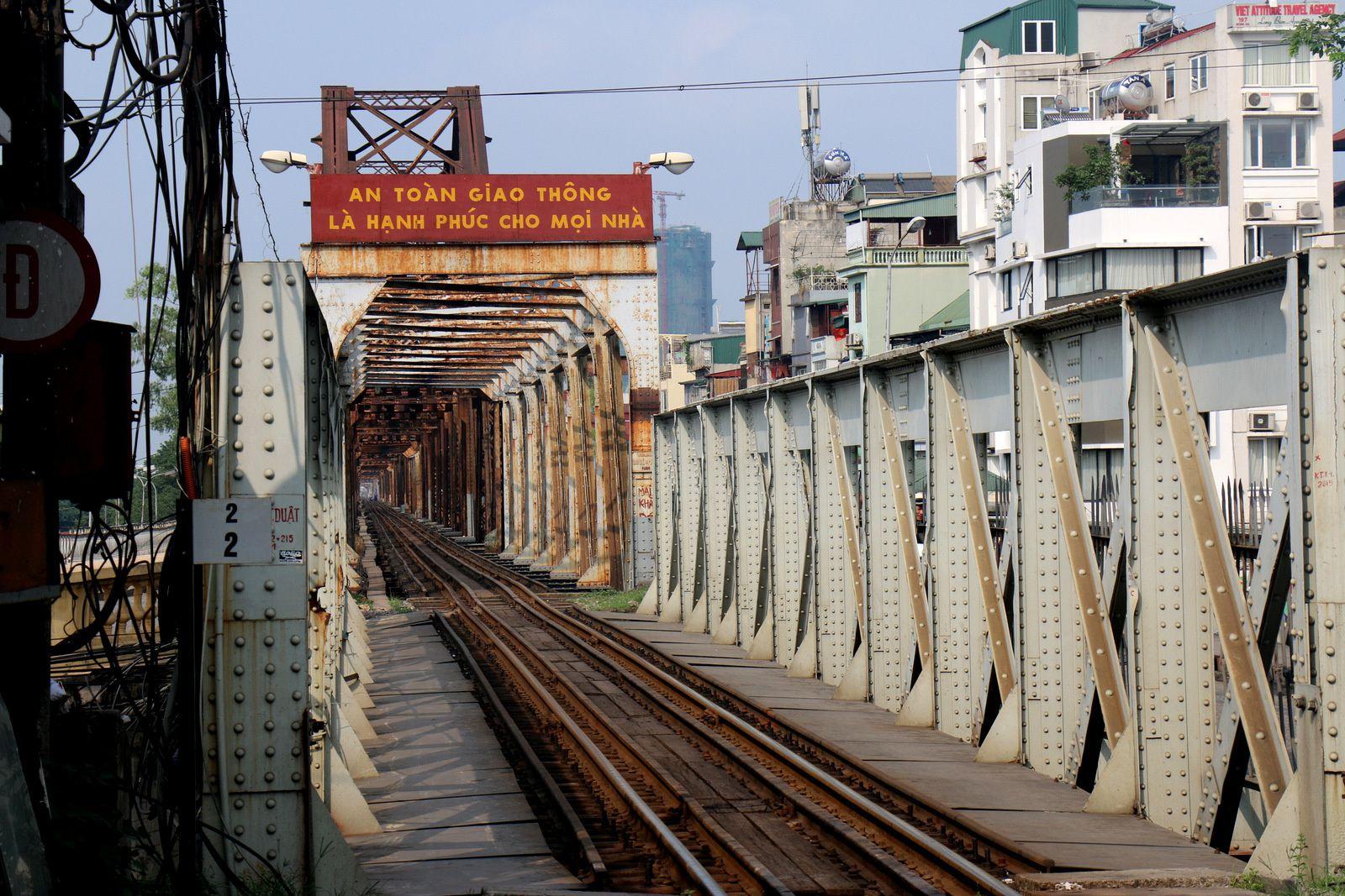 Le pont Long Biên (pont Paul Doumer), district de Hanoï