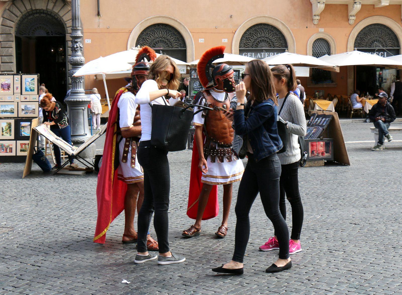 Statue de Marco Minghetti, piazza Novana à Rome