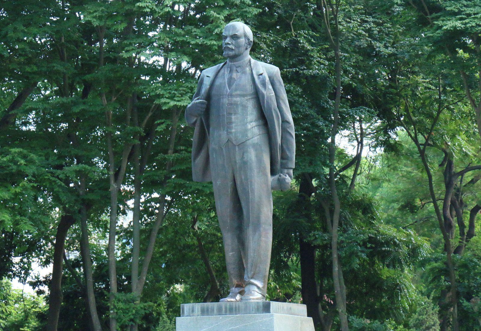 Lénine à Hanoï