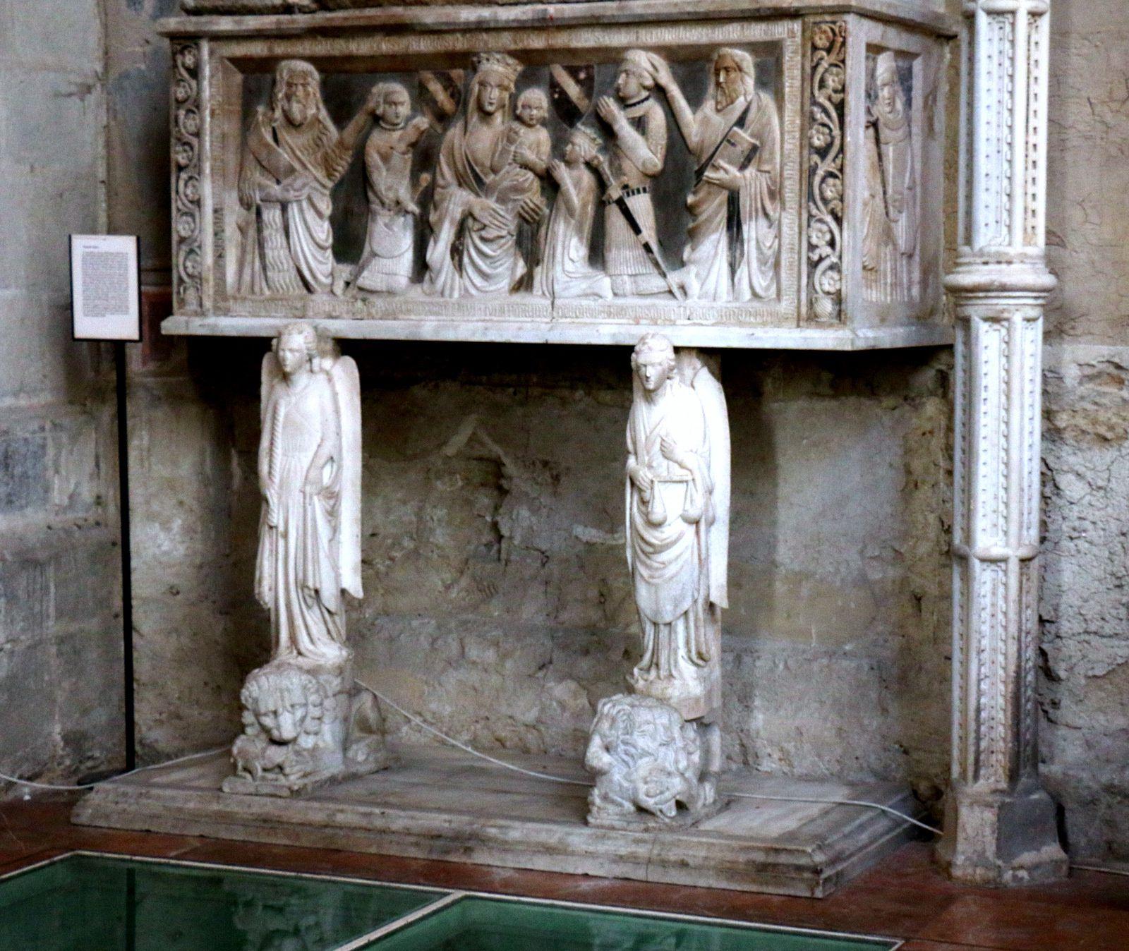 Vierge à l'Enfant et tombeaux, basilique San Lorenzo Maggiore (Naples)