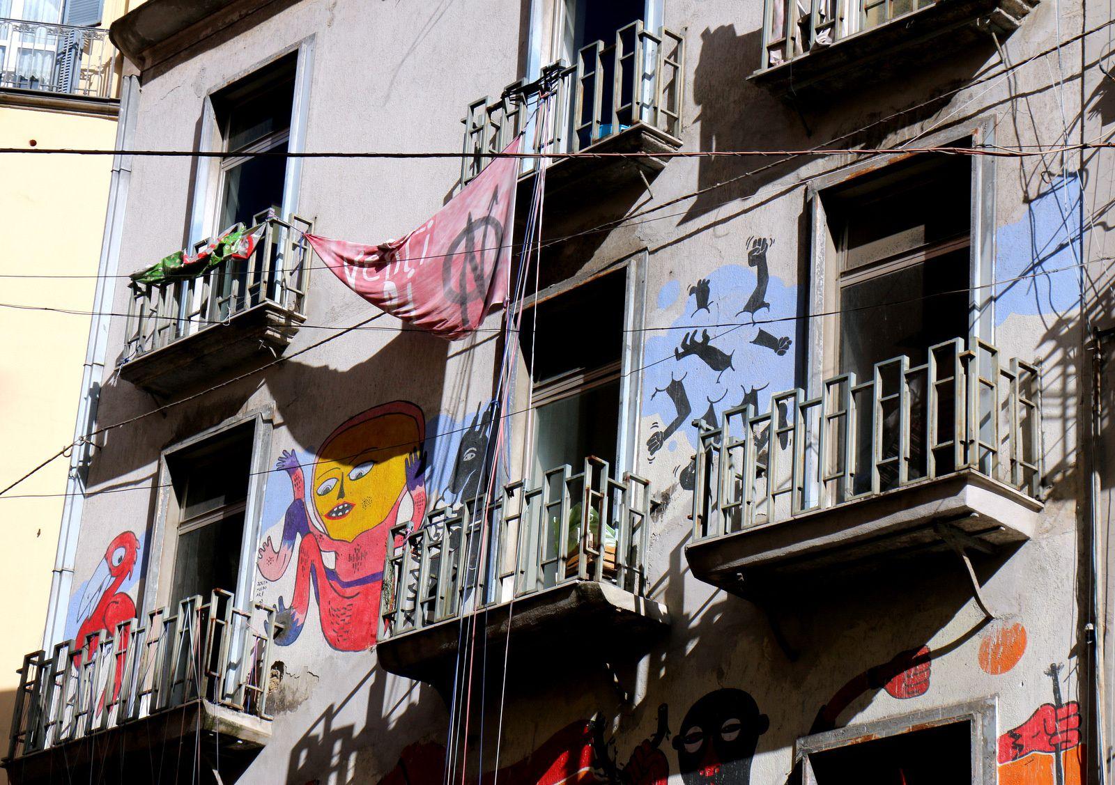 Façades décorées et tags (1/2), Naples
