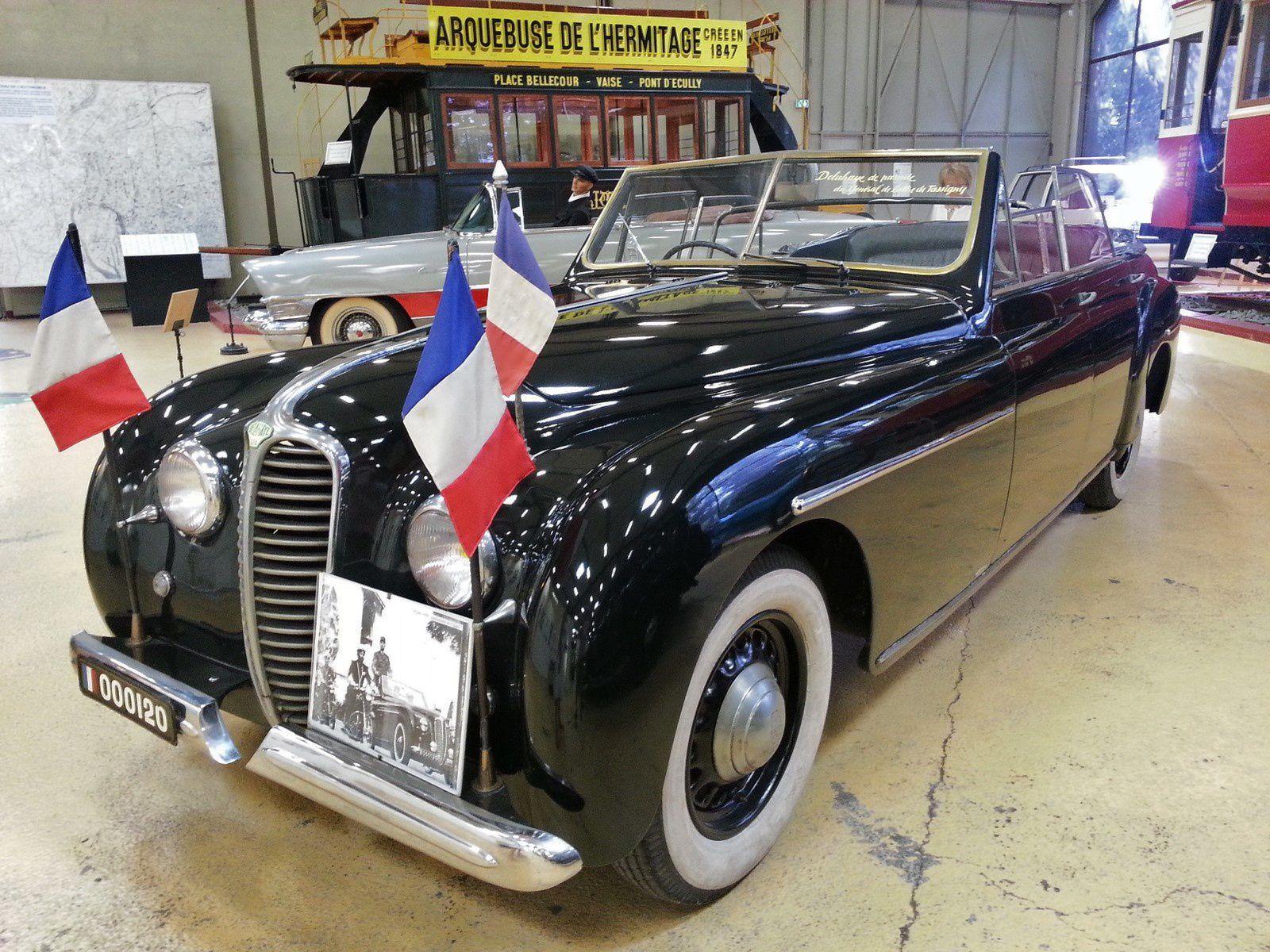 Delahaye 1950 et le Général De Gaulle