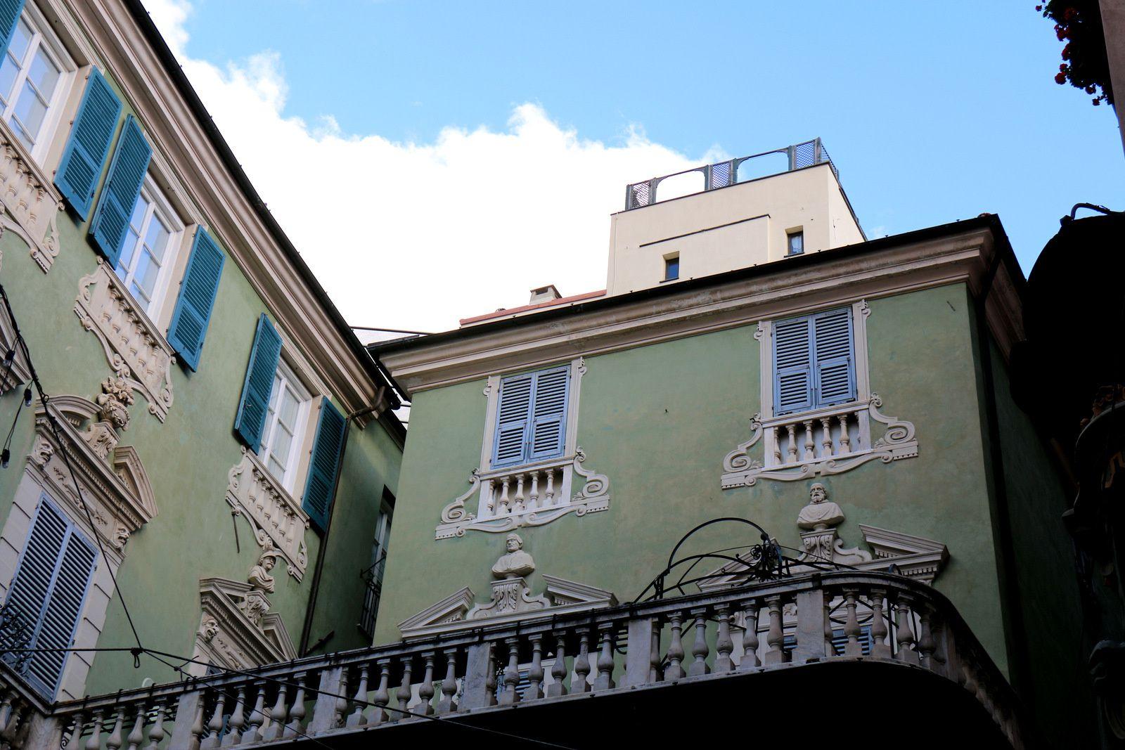 Piazza della Maddalena, Savone