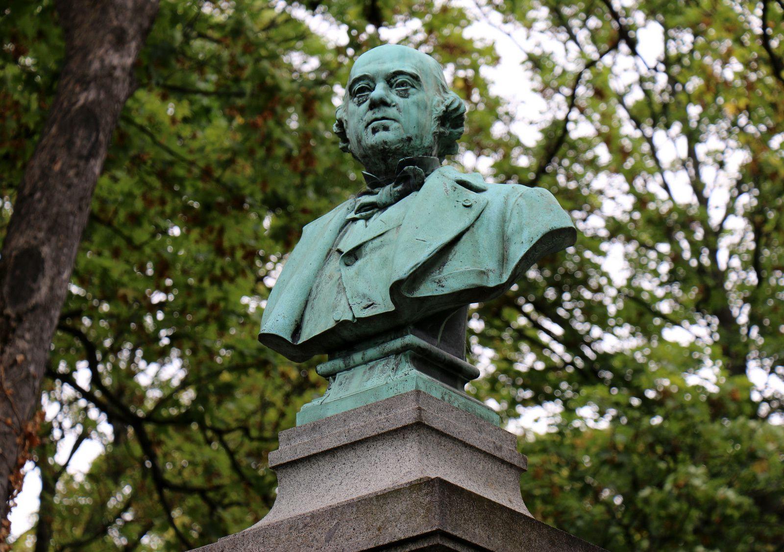 Ferdinand Barbedienne, cimetière du Père Lachaise