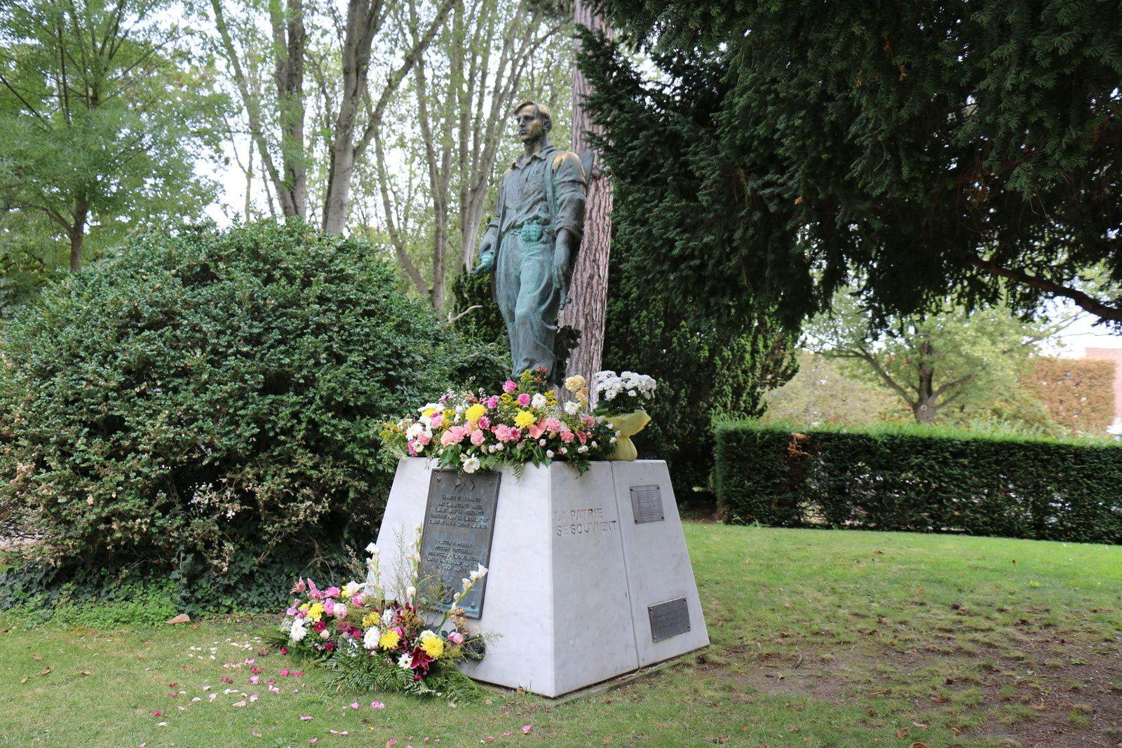 Monument aux Combattants russes morts pour la France, Seconde Guerre Mondiale