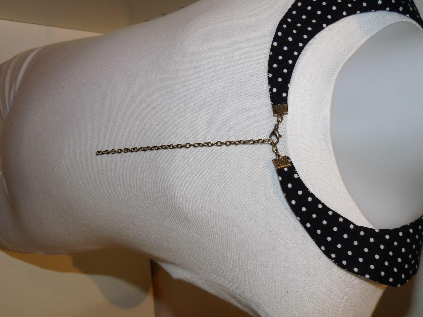 collier col claudine ajustable l encolure. Black Bedroom Furniture Sets. Home Design Ideas