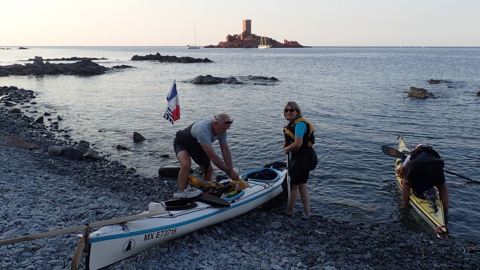 Séjour au Dramont : Episode 1 : La côte de l'Esterel