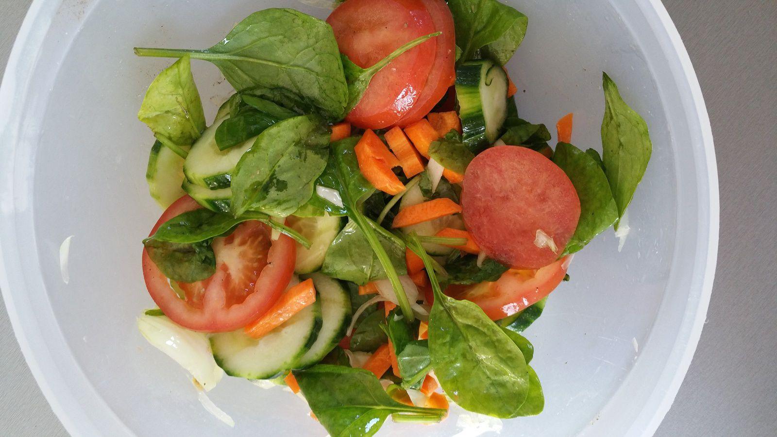 Salade de poulet tandoori by QUI TOQUE