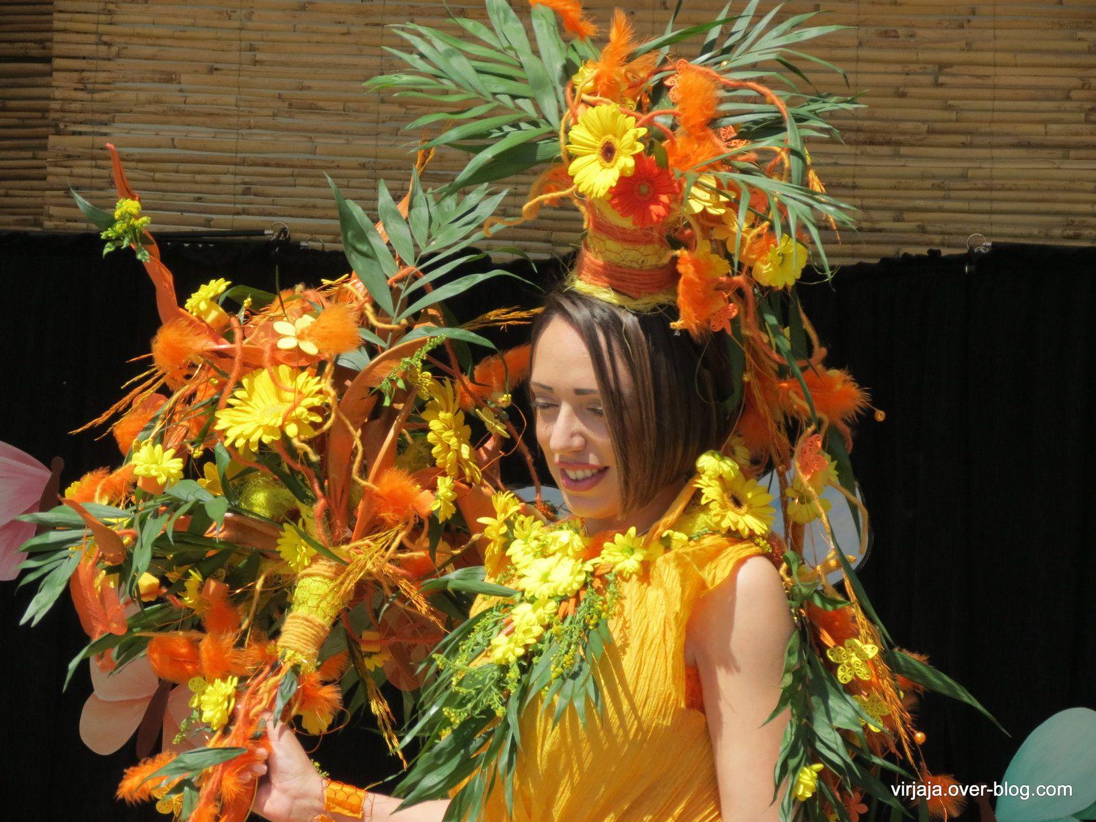 défilé de mode floral