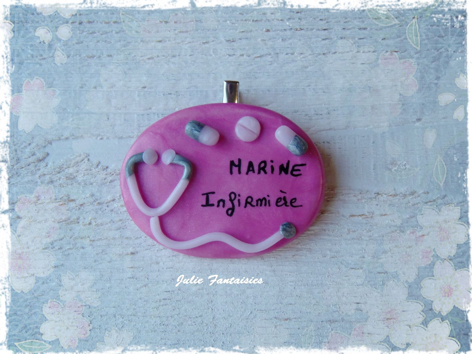 Badge pour Marine, infirmière