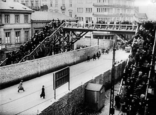 The Warsaw Ghetto was sealed on 16 November 1940. The walls were 3m high, topped with barbed wire. Anyone trying to escape would be shot.
