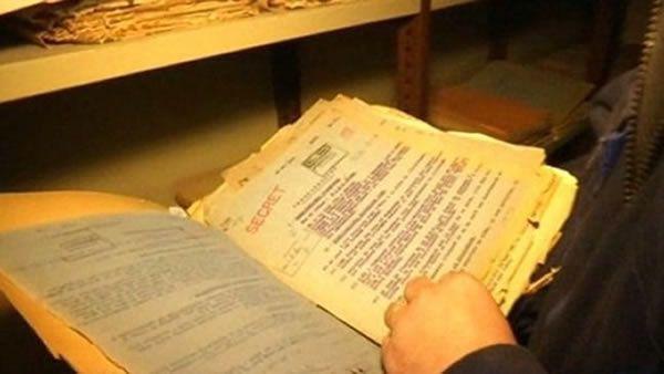 Dans les sous-sols du château de Vincennes, des milliers de documents top secret concernant la période 1930-1945 sont désormais consultables