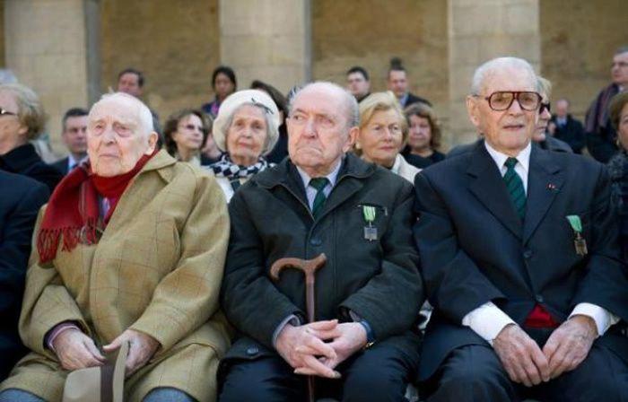 Louis Cortot (au centre), était l'un des derniers Compagnons de la Libération. - Lionel Bonaventure Pool