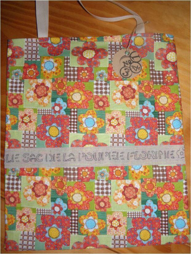 N°341 Le sac de la poupée Florine : Vendu !