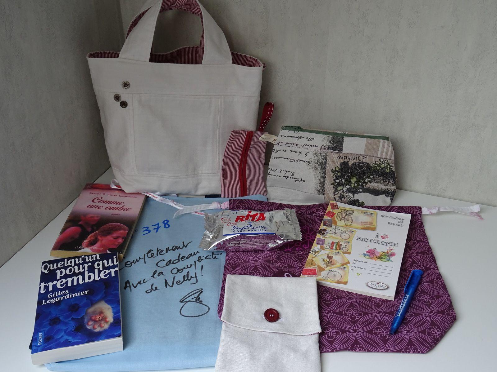N°378 Complètement cadeau : livraison N°1