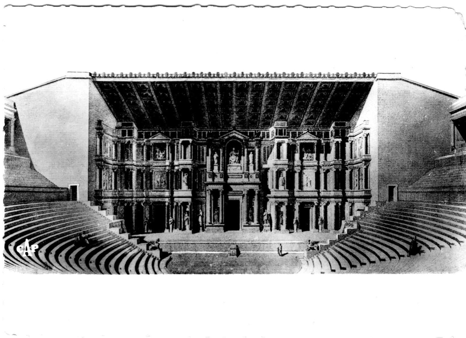 Reconstitution du théâtre antique par l'architecte Caristie.