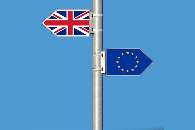 Brexit suite : Les ANGLAIS quittent l' EUROPE...