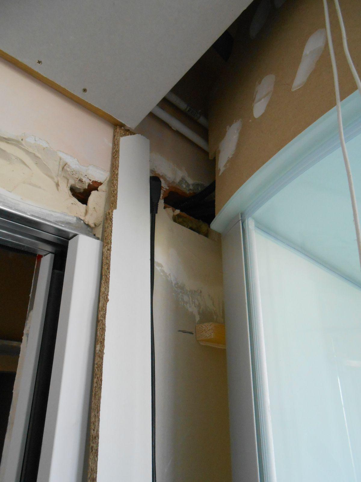 plafond fin la maison aux 12 travaux. Black Bedroom Furniture Sets. Home Design Ideas