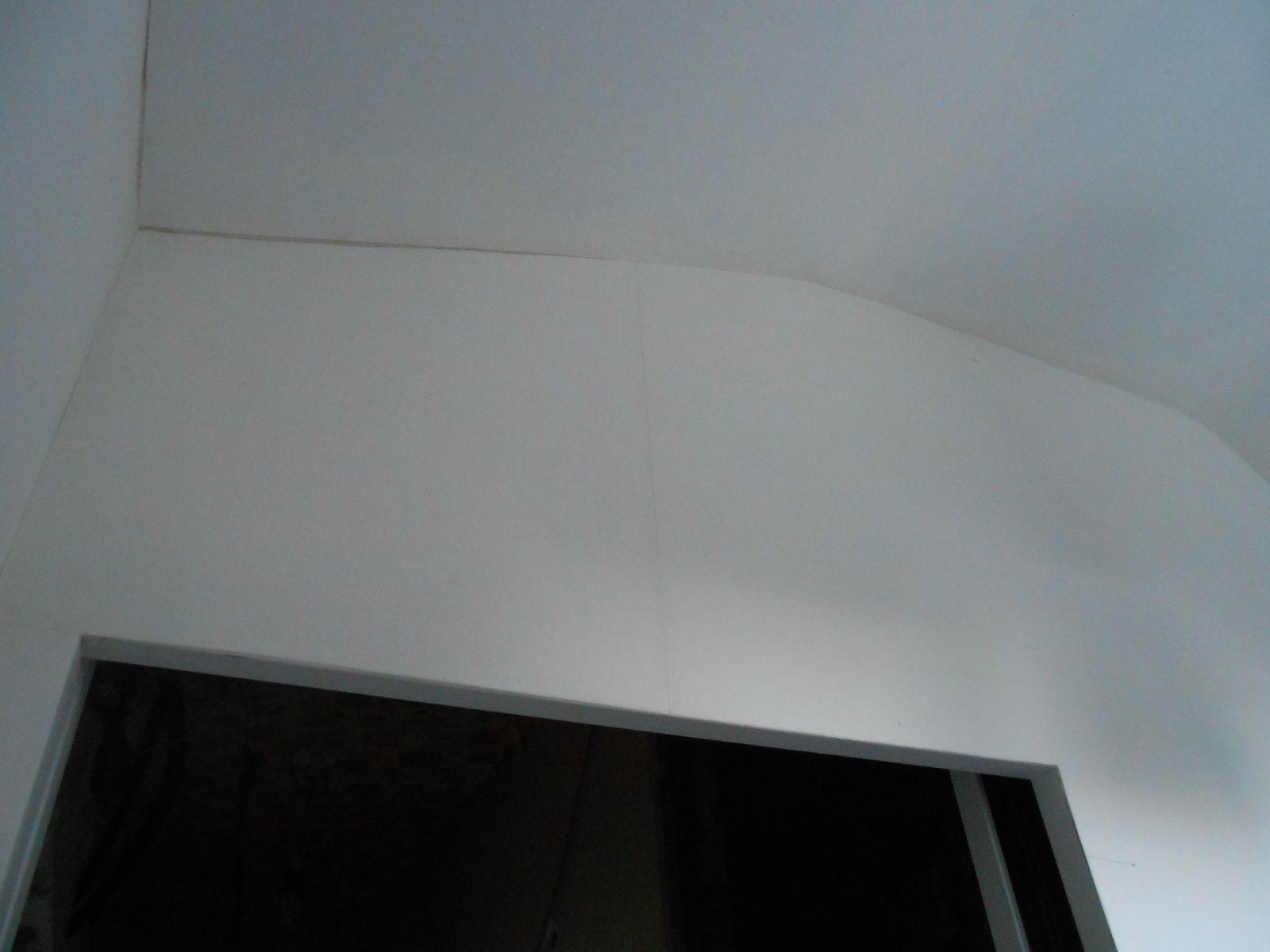 3 murs et le plafond la maison aux 12 travaux for Plafond facile a poser