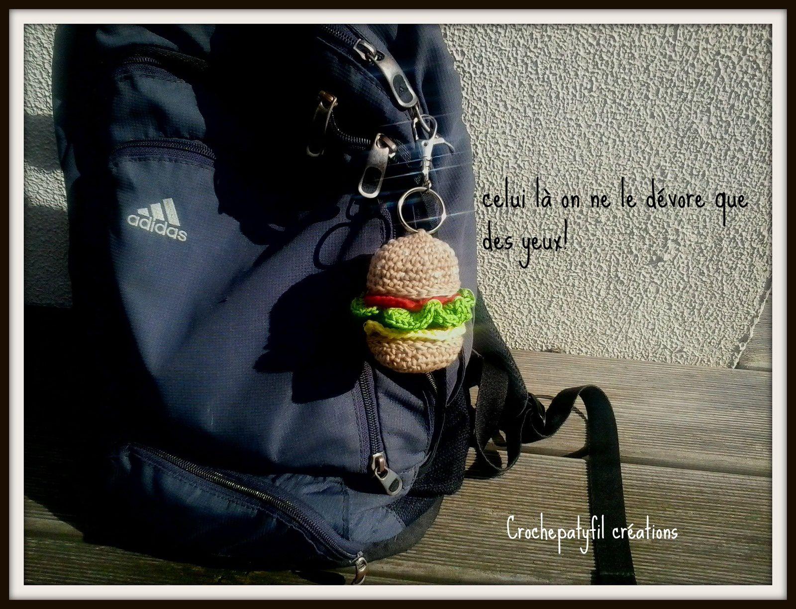 porte-clef burger au crochet
