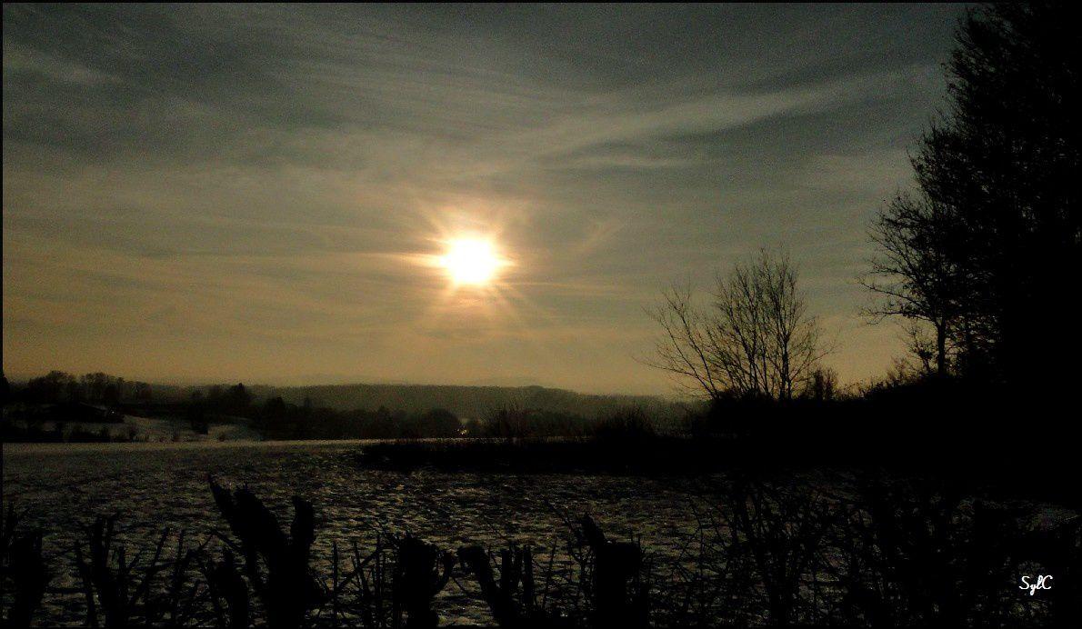 Neige et jeux de lumière du soleil...