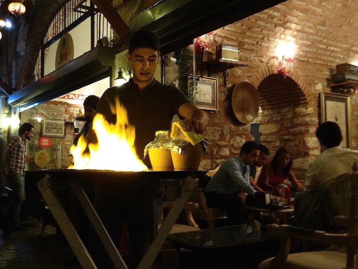 Première soirée au Şerbethane