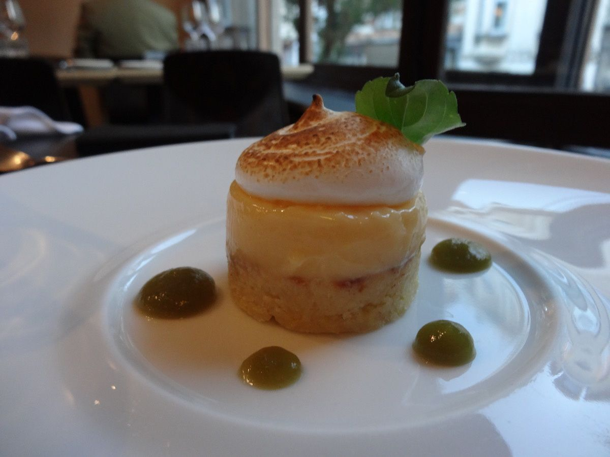 Financier, yuzu et basilic