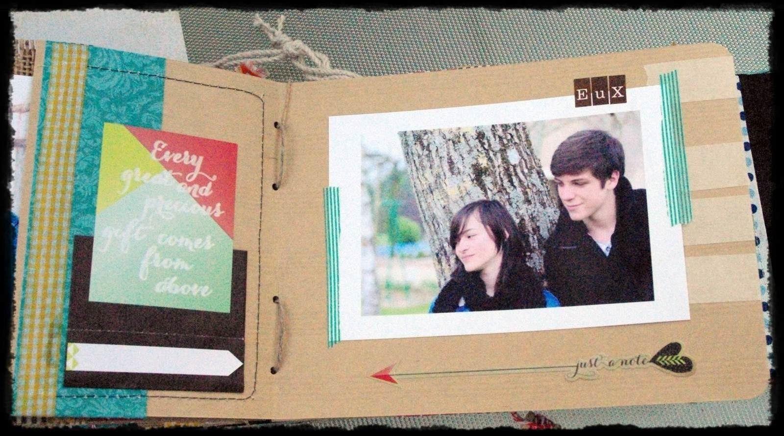 Album scrapbooking en tissu et papier format 20*16 cm. 44 Pages .32 Photos.