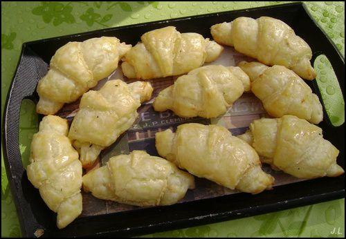 Croissants apéritifs au fromage frais