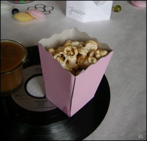 Pop corn au paprika et à l'emmental