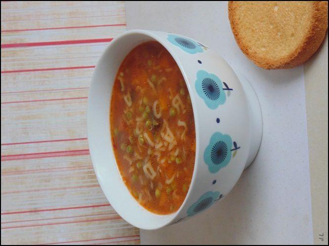 Soupe de petits pois aux pâtes
