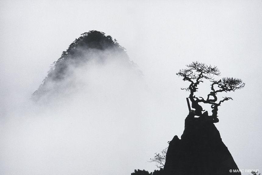 Les monts Huangshan avec le regard de Marc Riboud