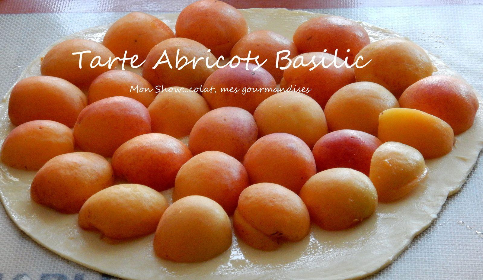 Tarte Fine aux Abricots, Amandes et Basilic