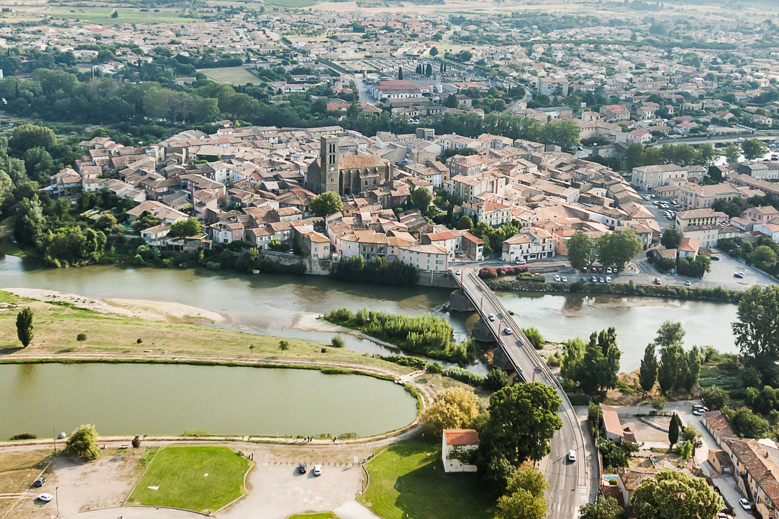 Vue aérienne de Trèbes (Aude)