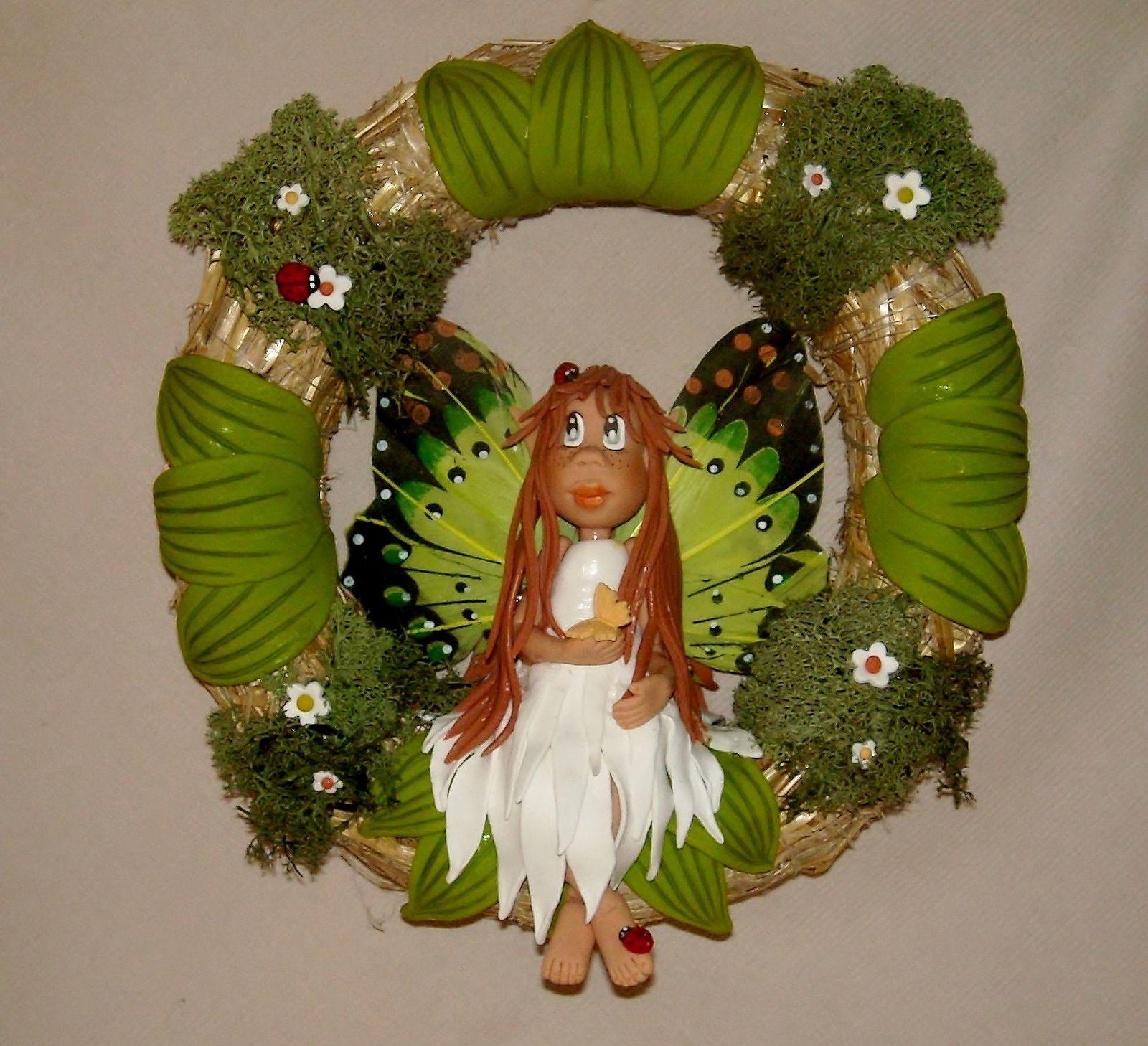 Couronne avec p'tite elfe papillon en porcelaine froide