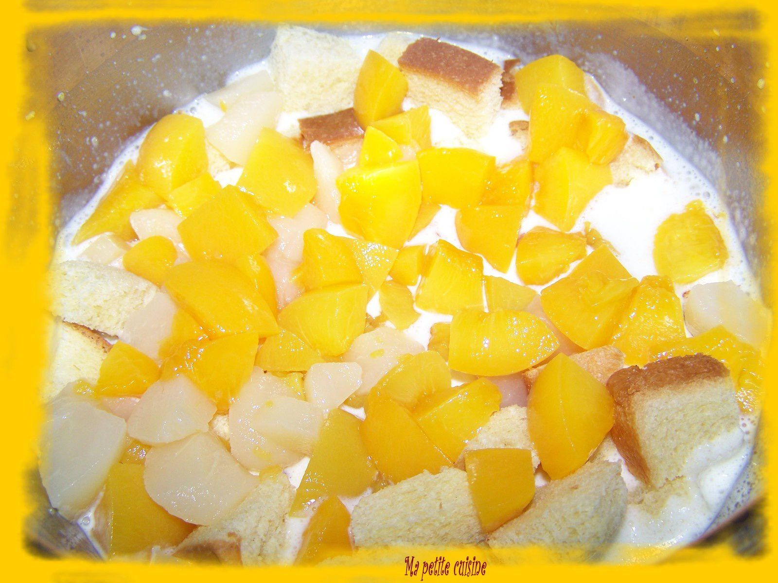 Pudding aux fruits au sirop
