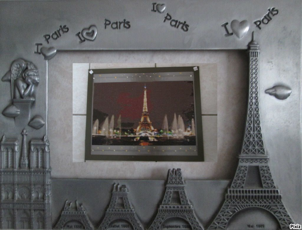 TABLEAU DIAMANTS &quot&#x3B;TOUR EIFFEL&quot&#x3B; - ENCADRE &amp&#x3B; ACCROCHE