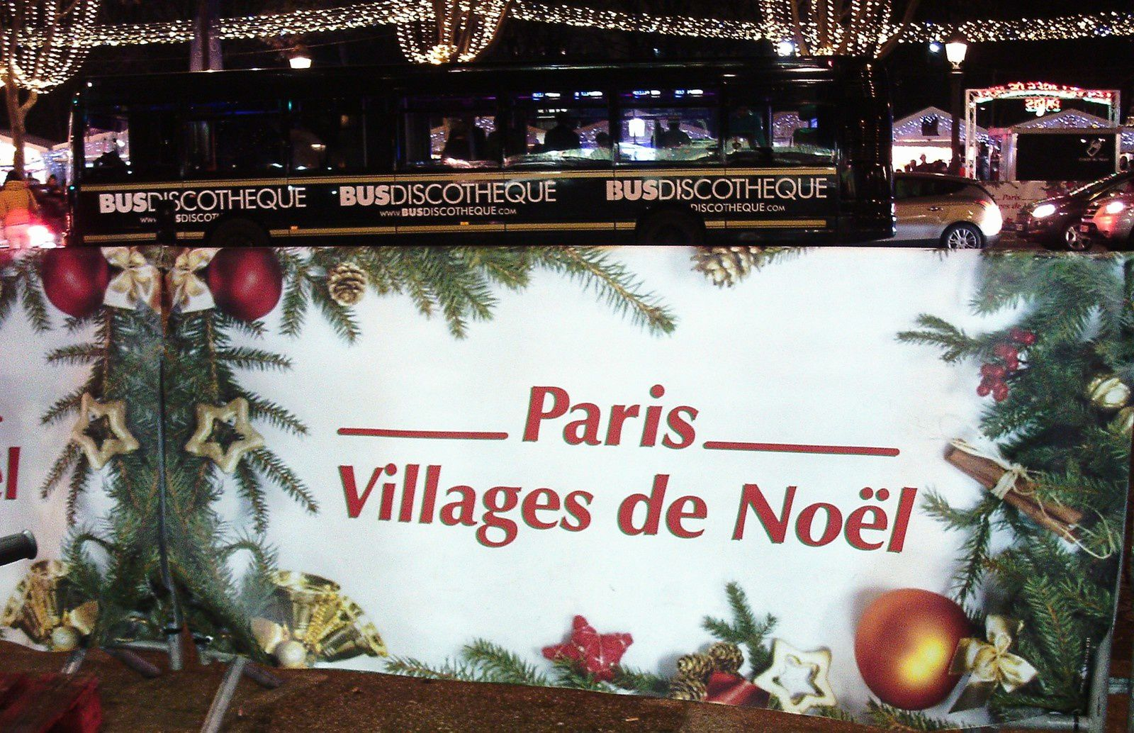 UNE VISITE AU MARCHE DE NOEL DE PARIS